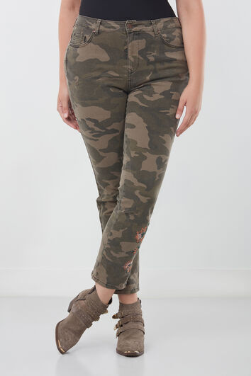 Pantalón ajustado con bordado