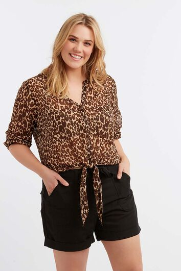 Blusa transparente de leopardo