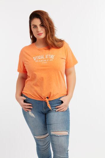 Camiseta corta anudada