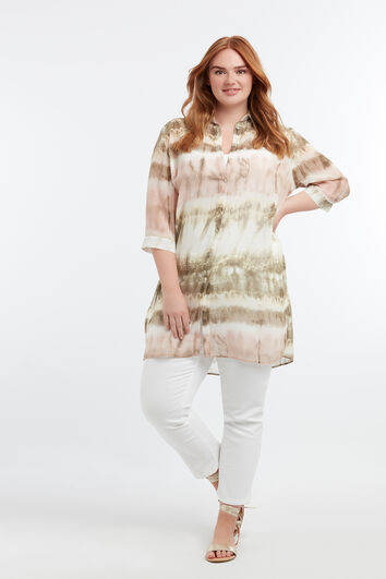 Blusa transparente estampada con técnica de nudos