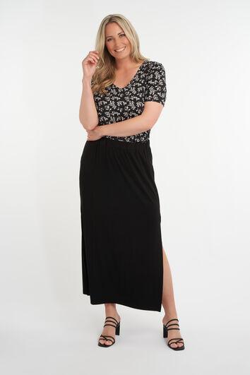 Falda larga con abertura