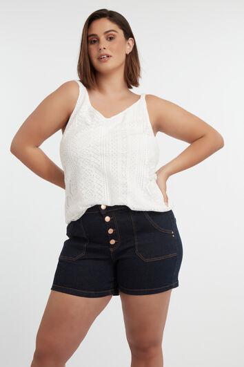 Shorts con cierre de botones