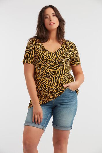 Camiseta estampada con cuello de pico y estampado de cebra