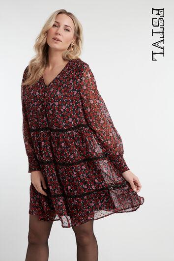 Vestido de flores con detalles fruncidos