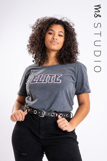Camiseta con diseño estampado de moda