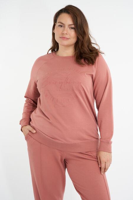 Suéter con diseño gráfico