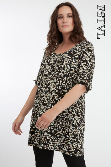 Camiseta larga estampada con un lazo de adorno