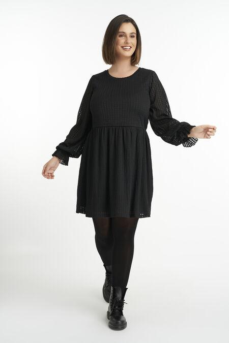 Vestido con mangas abullonadas