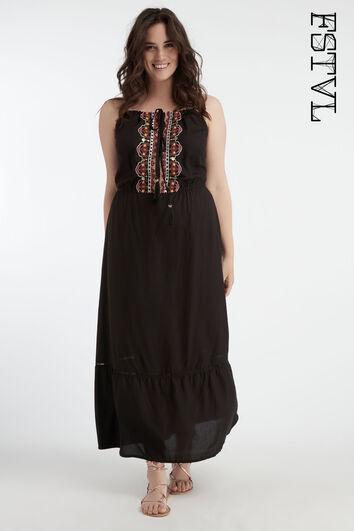 Vestido de verano con bordado