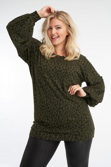 Suéter largo con estampado