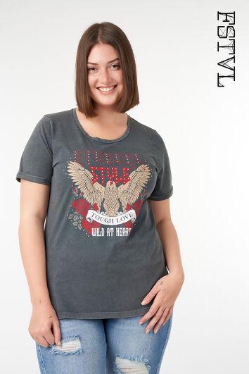 Camiseta con estampado de tendencia