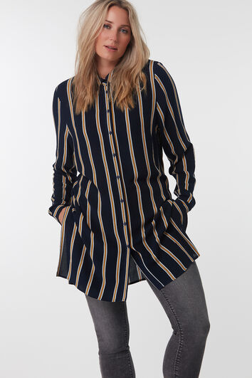 Blusa de rayas larga