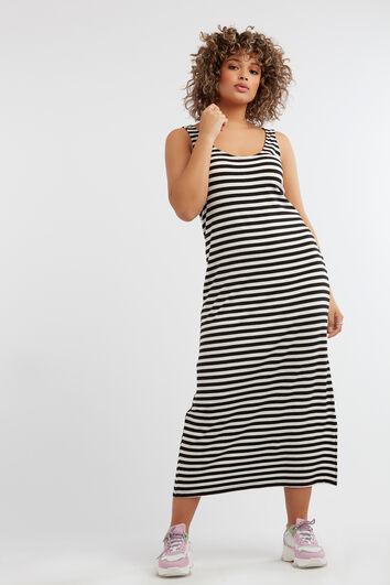 Vestido de rayas sin mangas