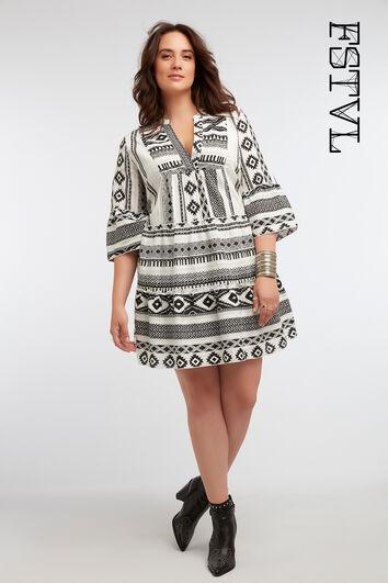 947036627 Vestido tipo túnica estampado