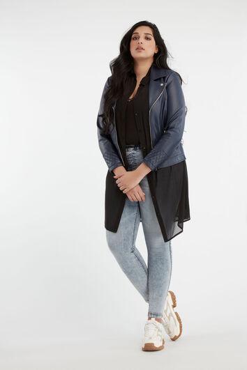 Lookbook Poppy with jacket