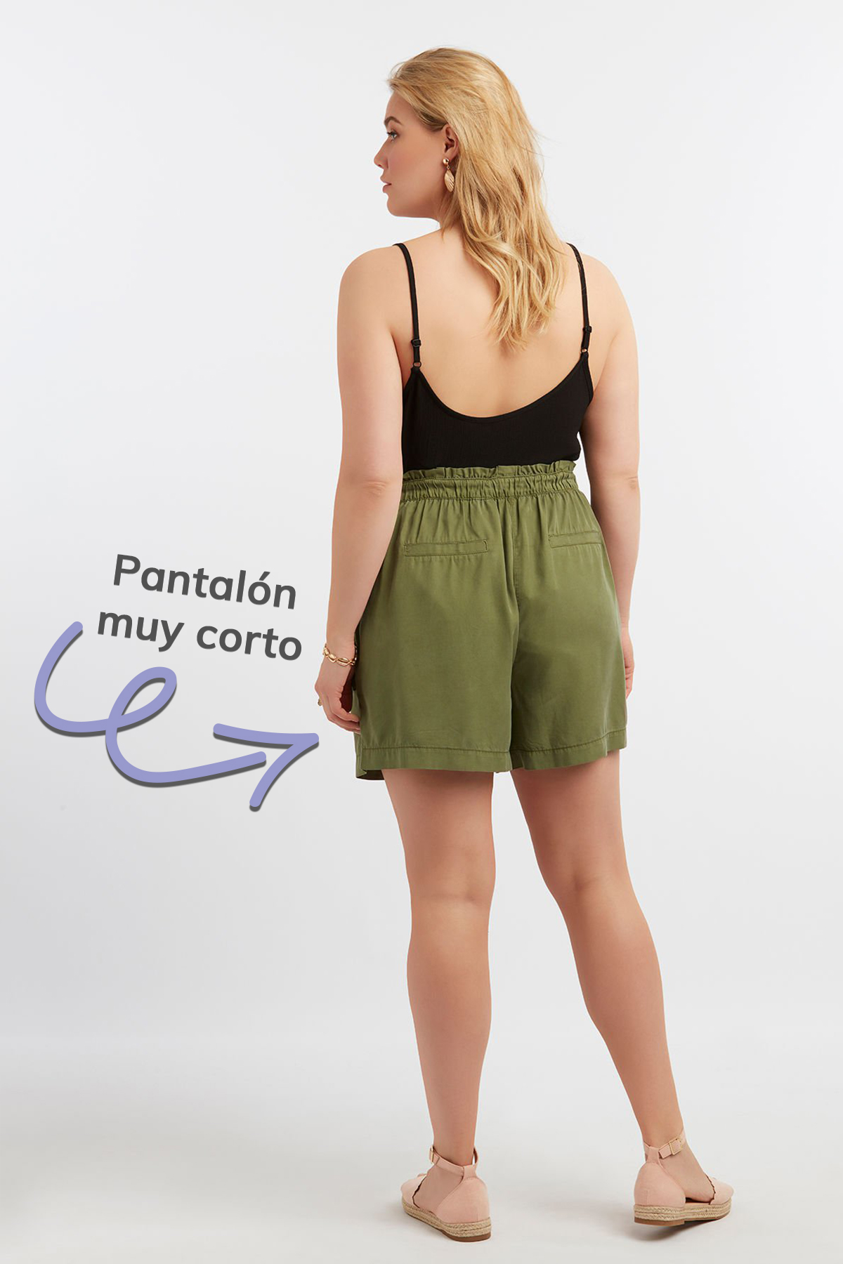 pantalones cortos modelo completo